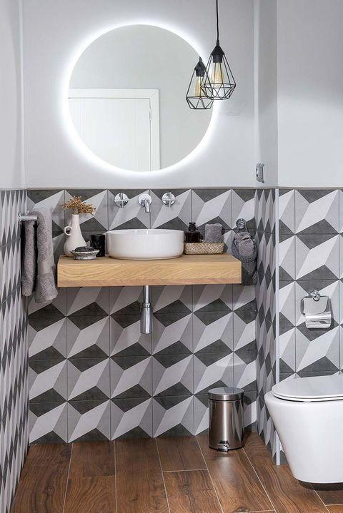 baño de color gris
