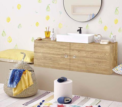 Viste las paredes del baño: papel pintado limones