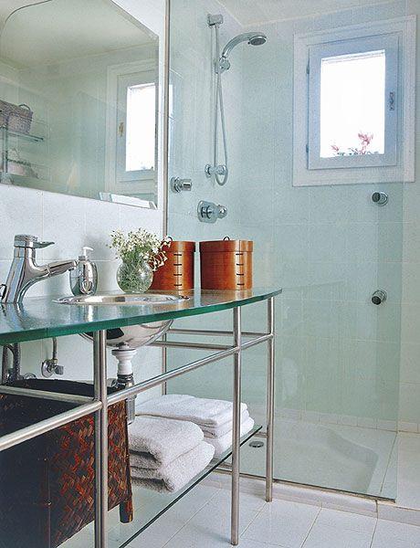 Cómo reformar baños pequeños con ducha integrada