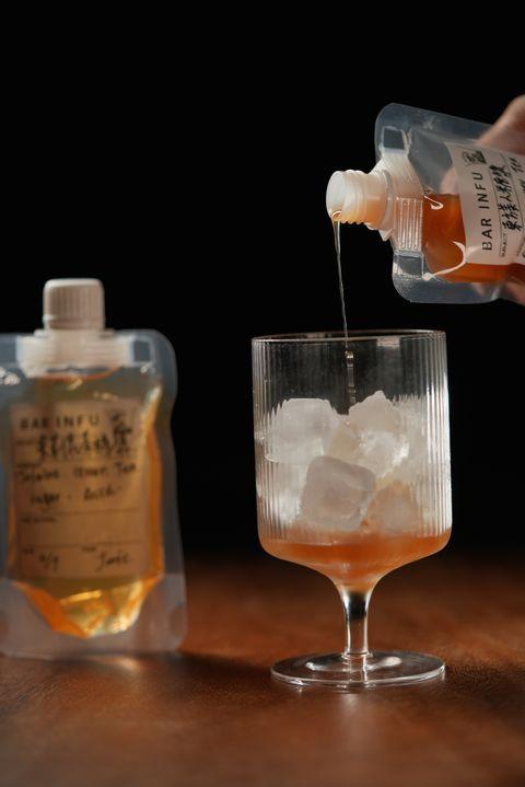 台南老宅酒吧bar infu推出「防疫調飲組」!東方美人茶、茉莉茶花風味調酒在家也能暢快小酌