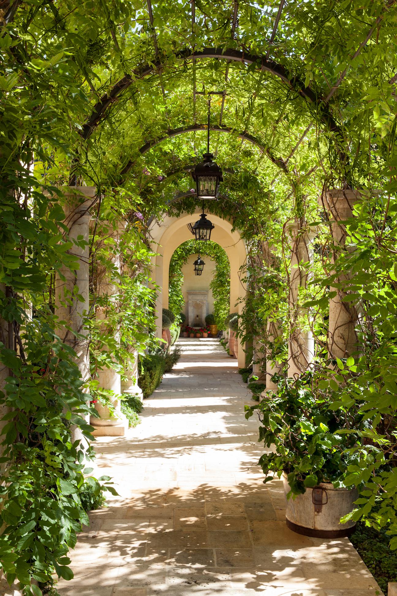 15 Beautiful French Style Gardens Best French Garden Designs
