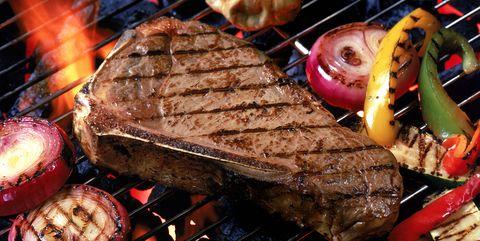 Portátil, carbón, leña, gas, carnes... Trucos para la barbacoa perfecta