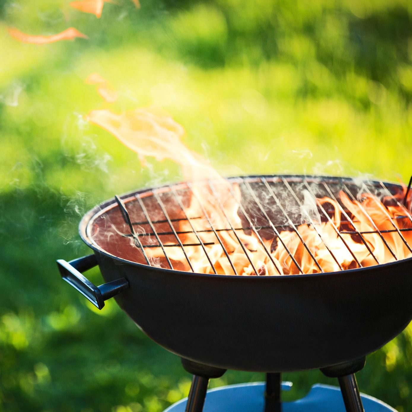 7 Best Grill Brushes, According to Cooking and Cleaning Experts