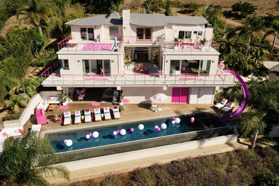 Barbie's Malibu Dreamhouse Exists IRL on Airbnb, and It's Only $60 a Night