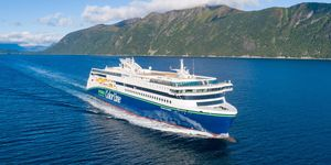 Color Hybrid, el gran barco híbrido