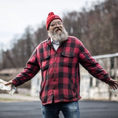 """gary """"lazarus lake"""" cantrell at the 2019 barkley marathons in his classic red flannel and """"geezer"""" hat"""