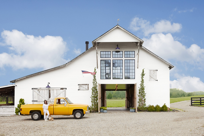converted barn home - farmhouse decorating ideas