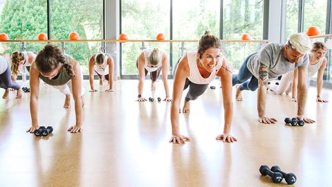 Class Format Dont Let The Laid Back Vibe And Friendly Environment At Barre3 Fool You Its One Of Most Intense Effective Barre Classes In City