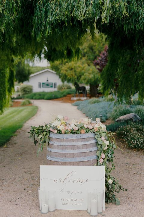 barrel welcome wedding sign