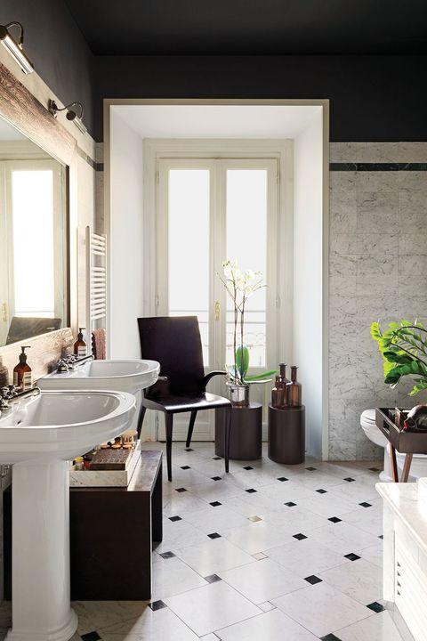 Room, Interior design, Property, Bathroom, Floor, Building, Furniture, Tile, Home, House,