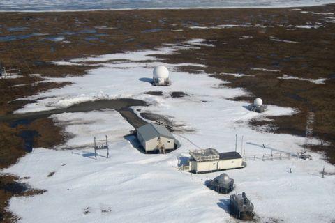 Winter, Ice, Snow, Water, Sea ice, Arctic, Ice cap, Tundra, Vehicle, Landscape,