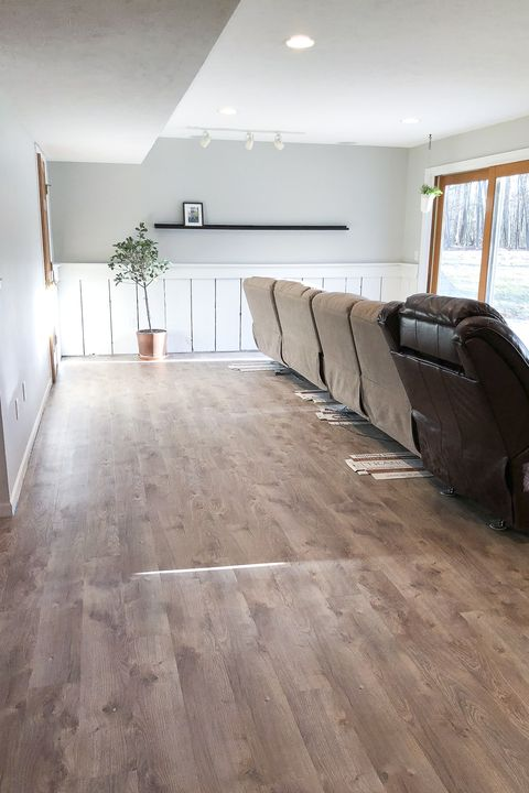 Floor, Wood flooring, Laminate flooring, Flooring, Property, Room, Hardwood, Interior design, Tile, Building,