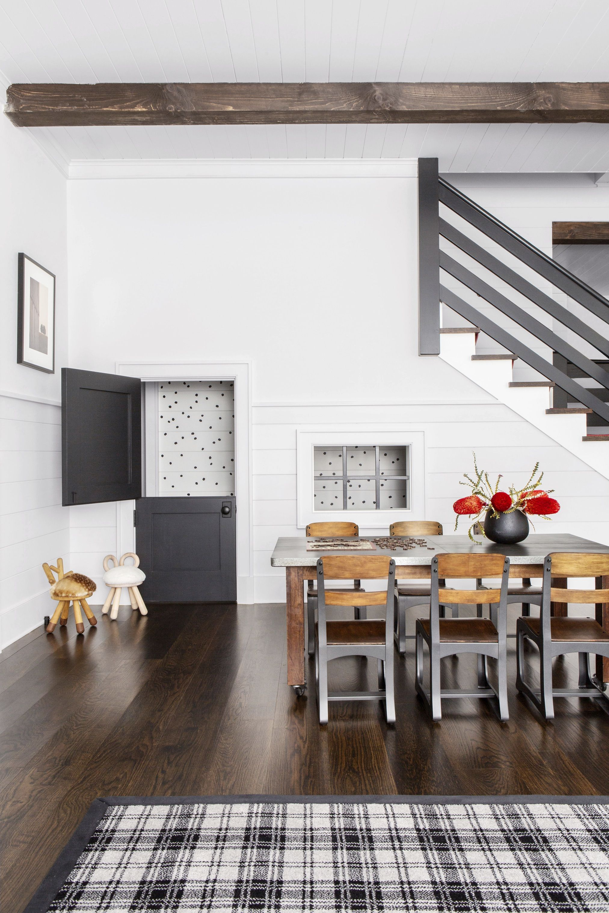 10 Basement Paint Colors Decorating Tips For A Dark Room
