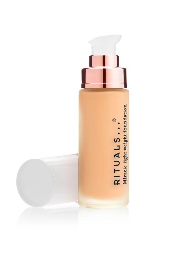 385619cb6 Las mejores bases de maquillaje para la piel grasa - Base de maquillaje  para piel grasa
