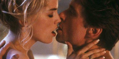 Sharon Stone en Michael Douglas in Basic Instinct
