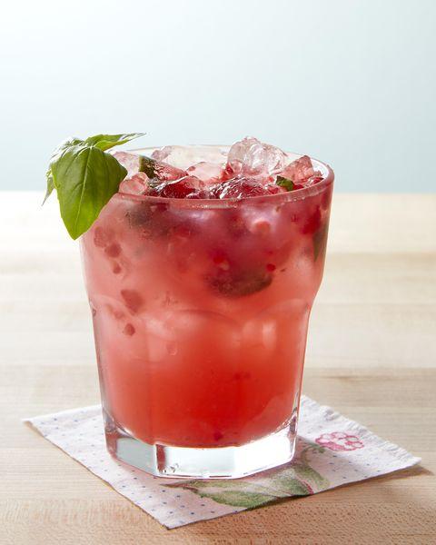 basil raspberry lemonade