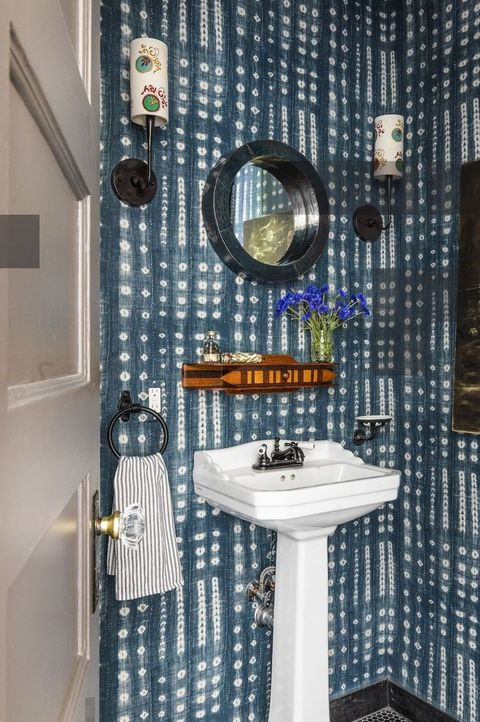 bathrooms with wallpaper