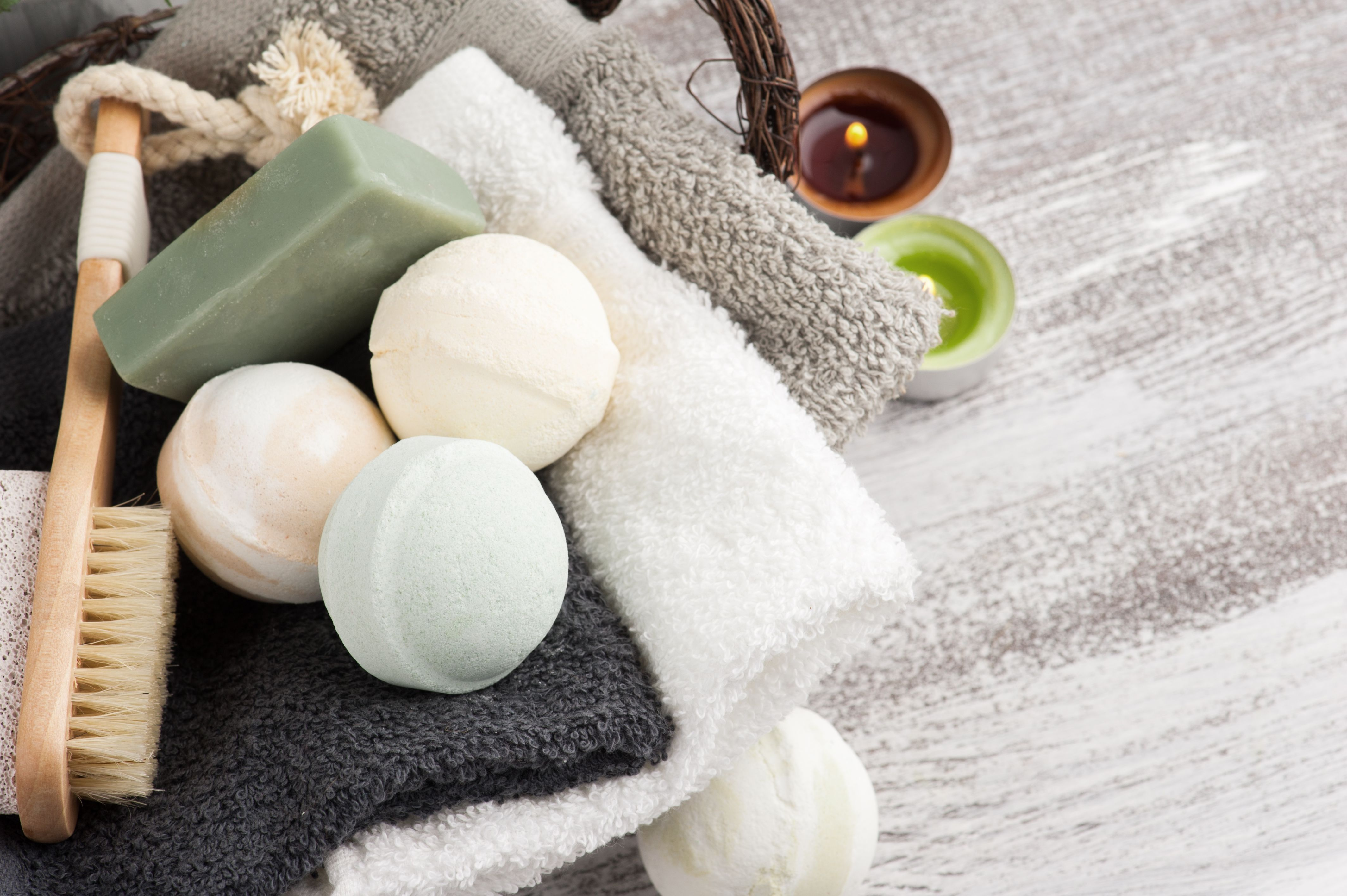 The 10 Best Bath Bombs for Major Relaxation