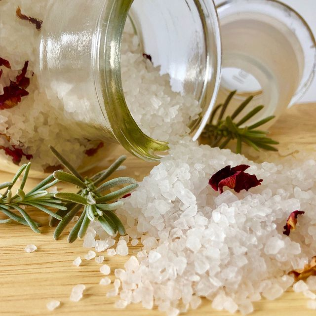 bath salt spa