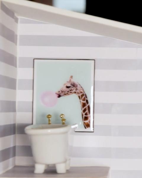 bathroom, dollhouse