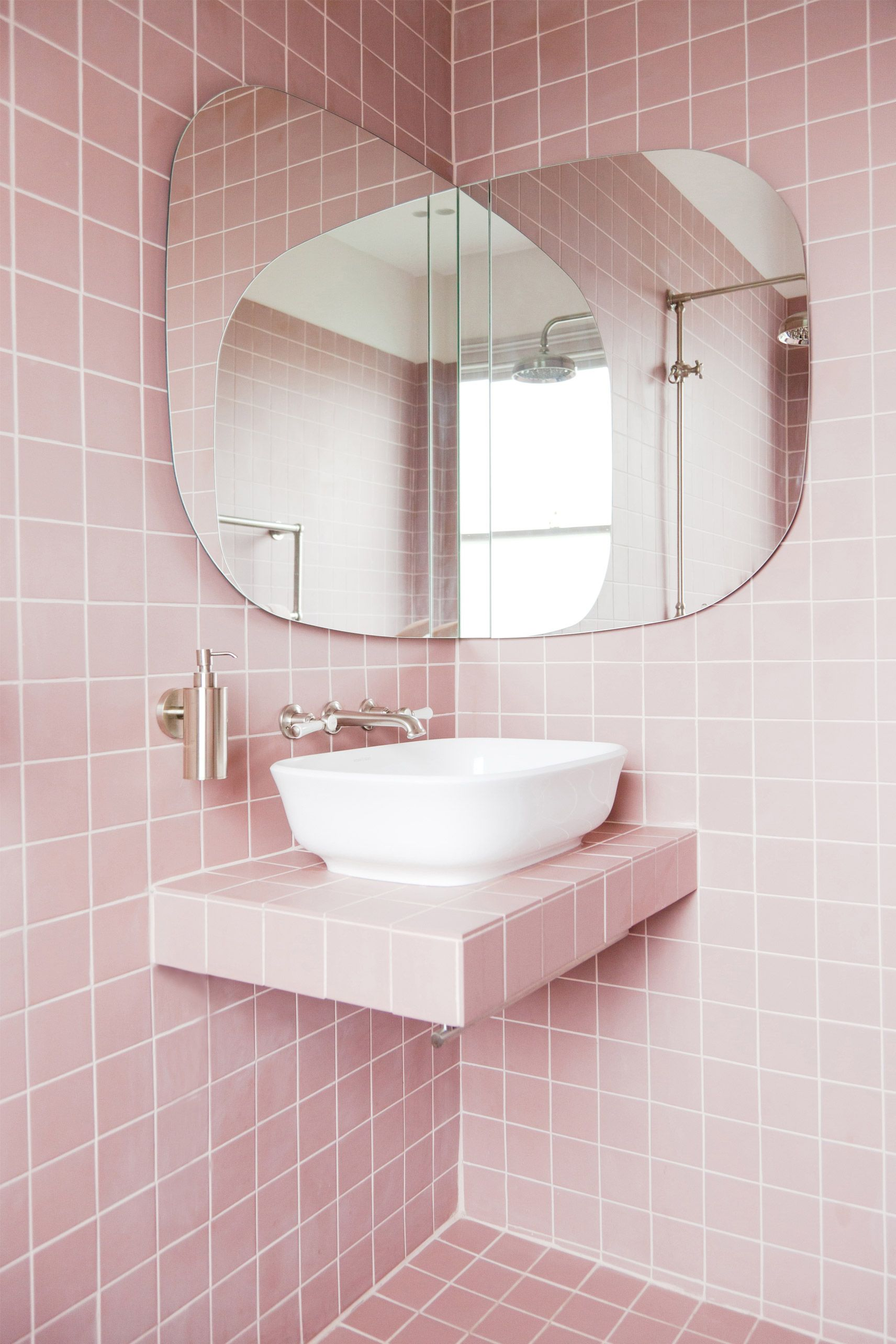 pink bathroom ideas