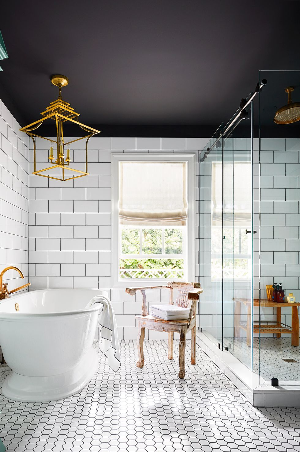 15 Chic Bathroom Lighting Ideas Flattering Light For Bathrooms