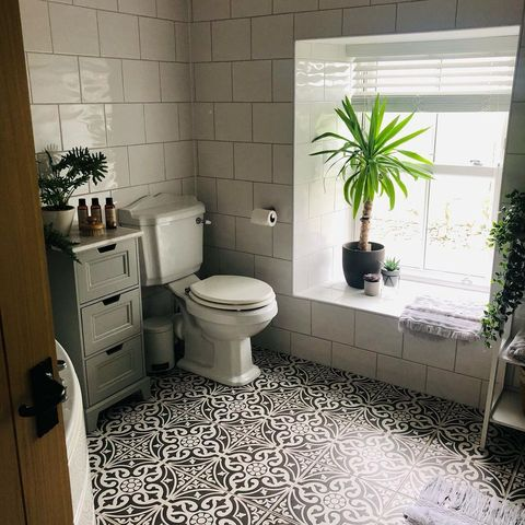 bathroom renovation from shelleyclegirfarm