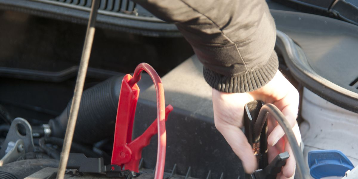Honda Car Lease >> How to Charge a Car Battery – 5 Steps to Revive a Dead Battery