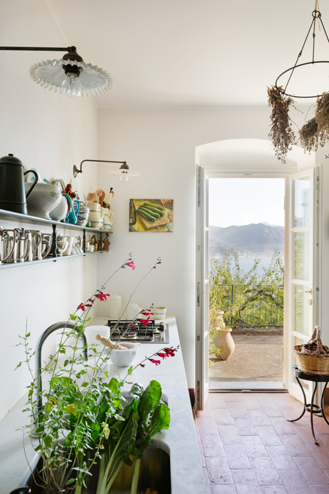 bay-kitchen-italy-veranda