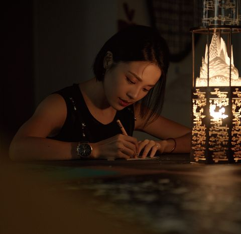 藝術家成若涵為ap創作《機秘之鏡》