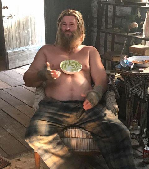 「火箭浣熊」IG連發3張「雷神索爾」照片!才發現克里斯漢斯沃是真的胖了,也真的傻了!