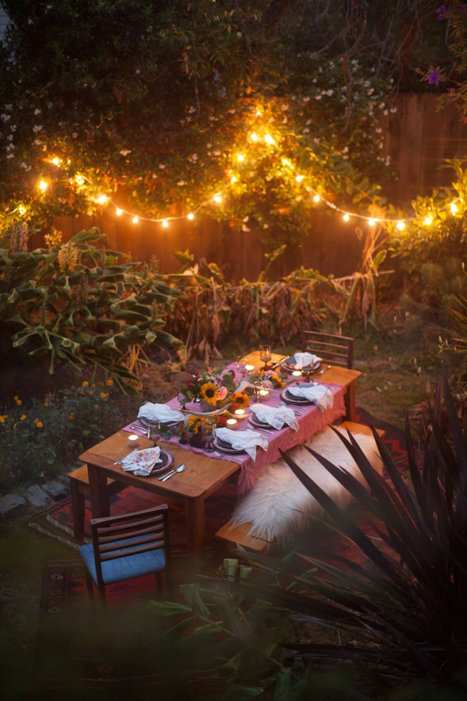 28 Backyard BBQ Party Ideas - How to Throw the Best Summer Barbecue