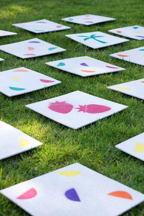 matching lawn game