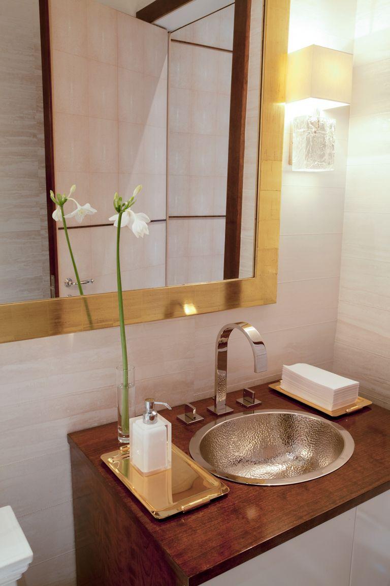 title | Modern Beach Bathroom Decor