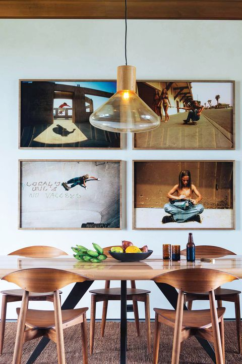 casual beachy dining room with gallery wall