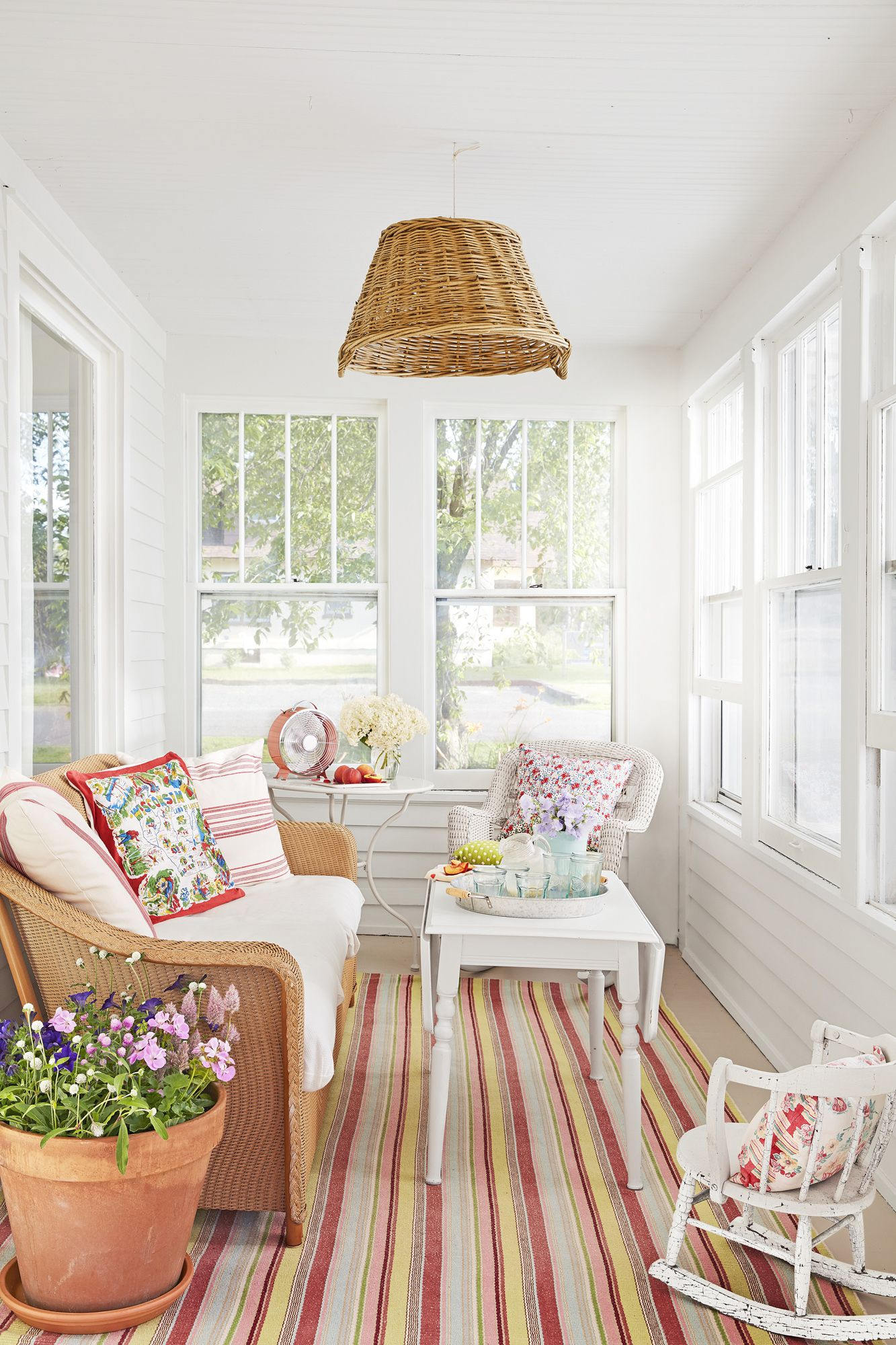 beach house decorating - porch