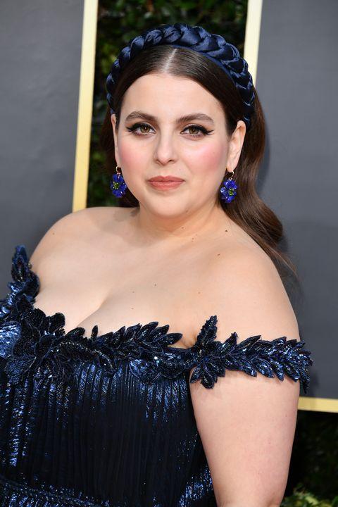Beanie Feldstein bij de77th Annual Golden Globe Awards - Arrivals