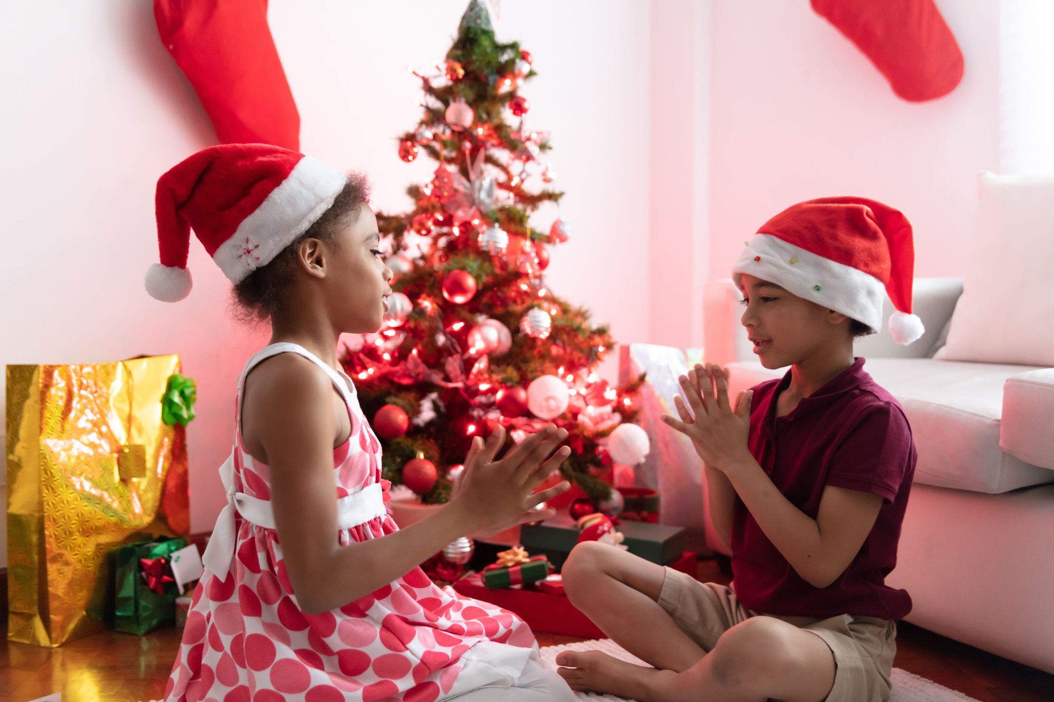 37 Best Christmas Games Activities For Kids Holiday Kids Table Ideas