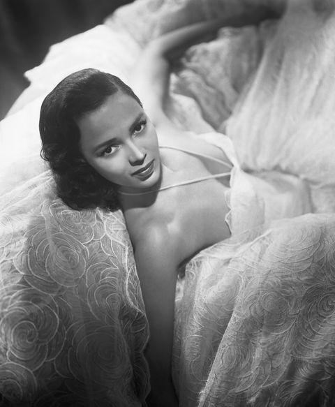 actress dorothy dandridge reclining