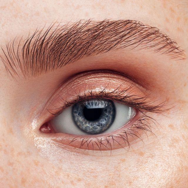 beautiful woman close up soft make up