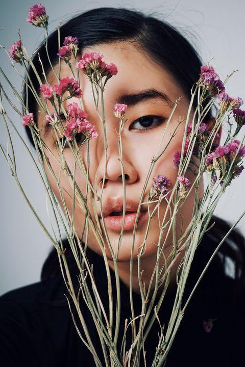 Face, Beauty, Head, Flower, Eyebrow, Forehead, Lip, Plant, Chin, Pink,