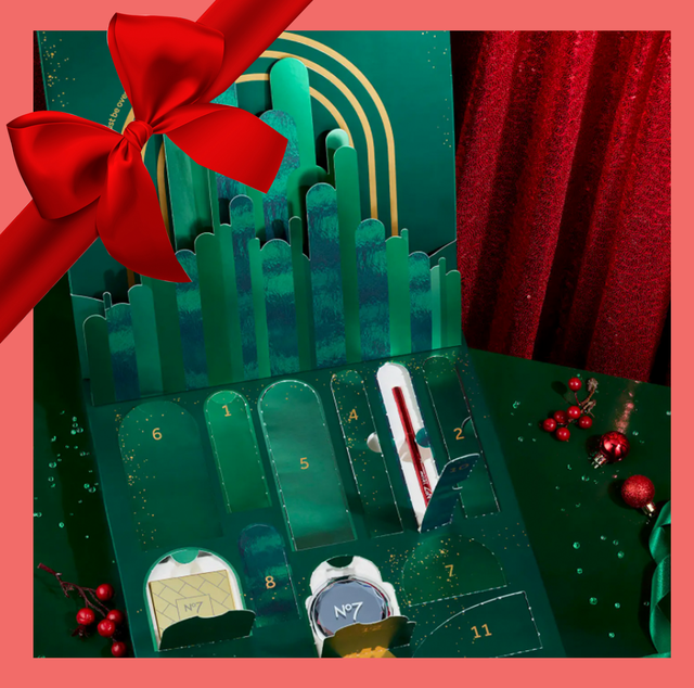 beauty advent calendar with pink border and red bow