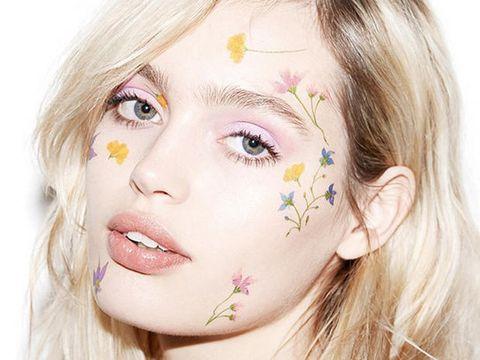 Lip, Cheek, Hairstyle, Skin, Chin, Forehead, Eyebrow, Eyelash, Style, Iris,