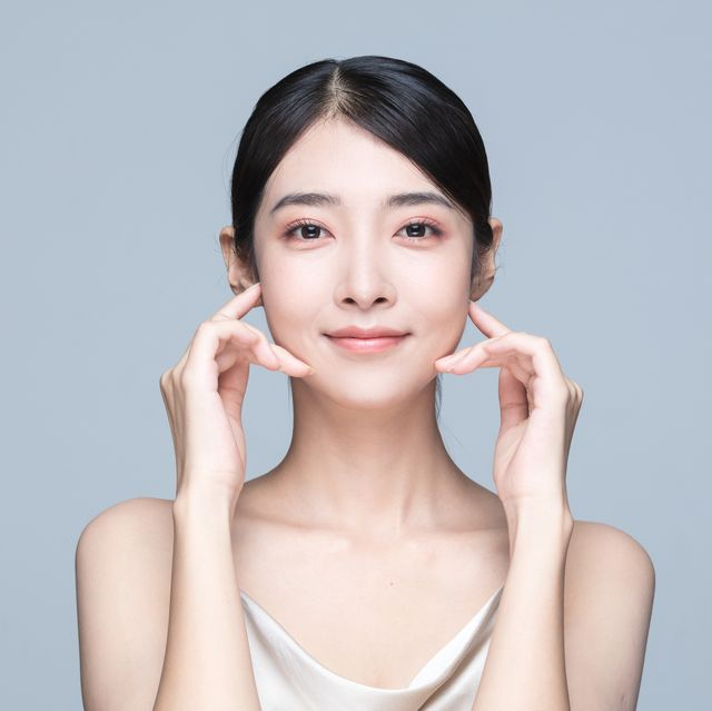 beauty portrait of young asian woman