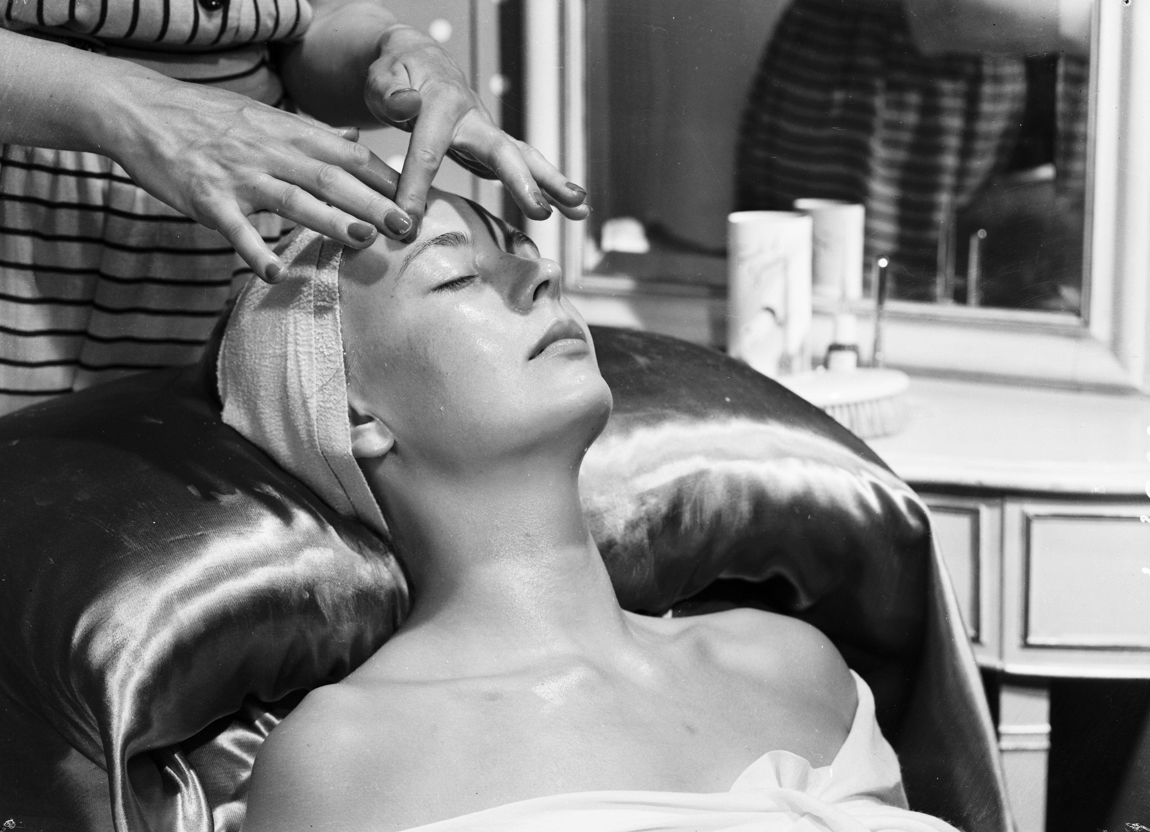 Yoga facial: la tendencia de belleza que arrasa entre celebrities como Gwyneth Paltrow o Jennifer Aniston