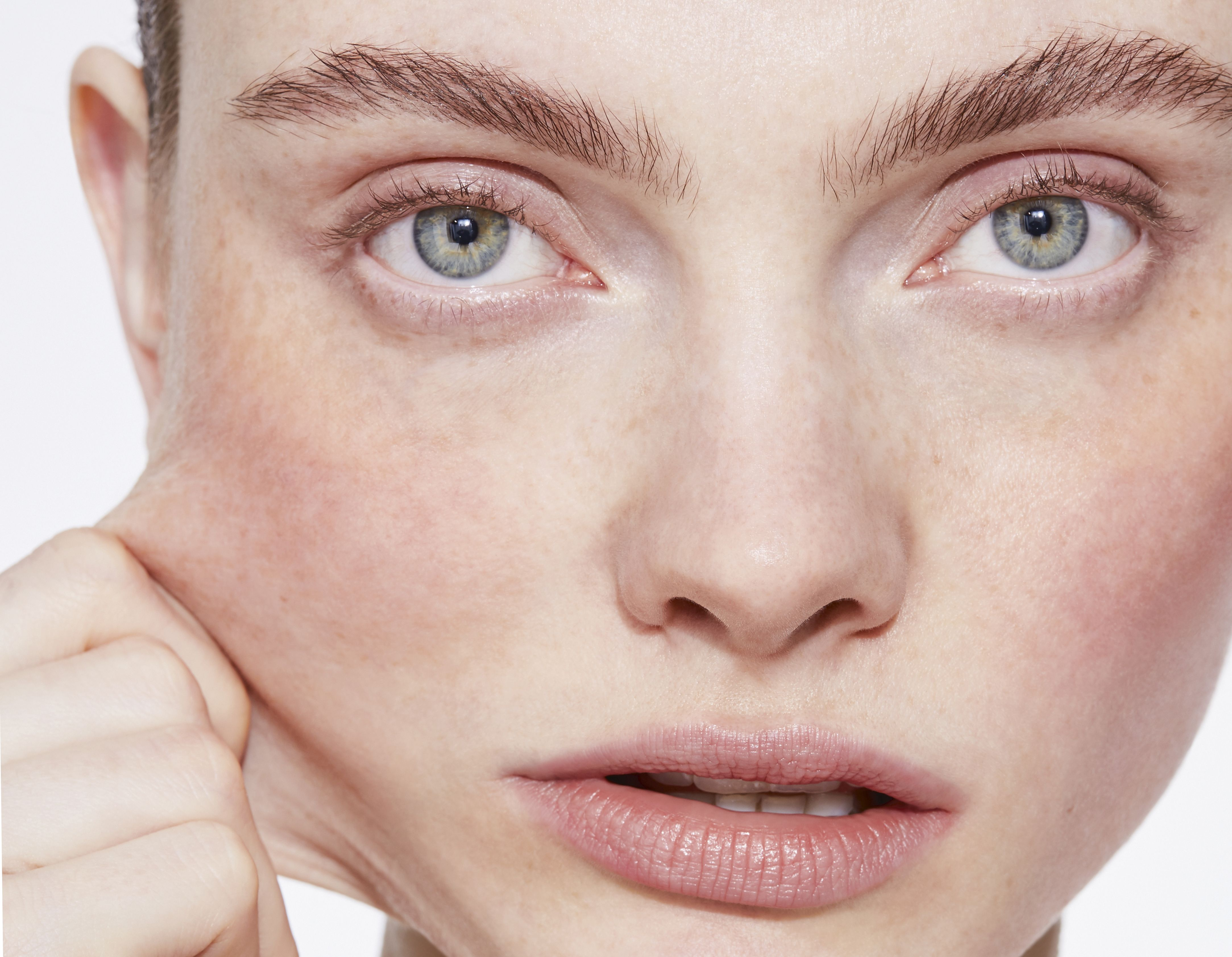The Face Of 2020: The Newest Non-Surgical 'Glow-cedures' To Lift, Sculpt And Shape