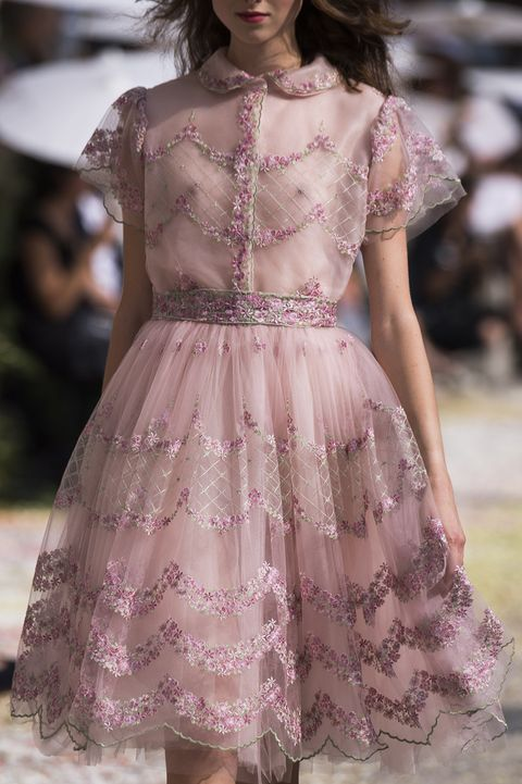 Fashion, Fashion model, Haute couture, Fashion show, Clothing, Runway, Shoulder, Dress, Pink, Lavender,