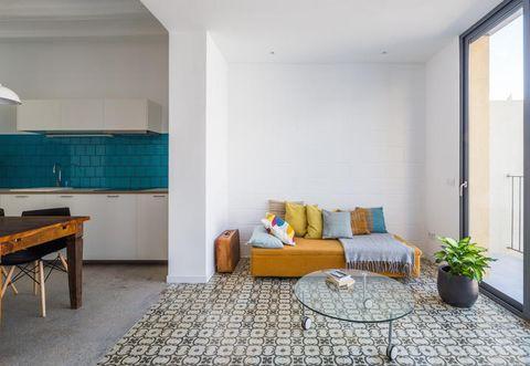 Room, Interior design, Floor, Flooring, Wall, Furniture, Flowerpot, Couch, Home, Ceiling,