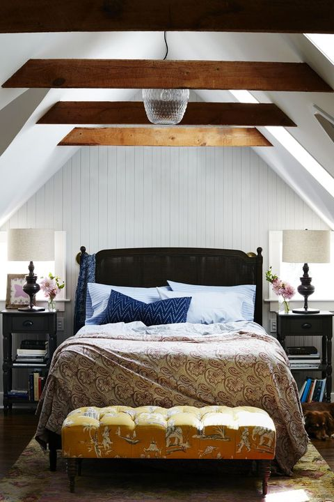 15 Bedrooms With Statement Ceilings - Stunning Ceiling Designs