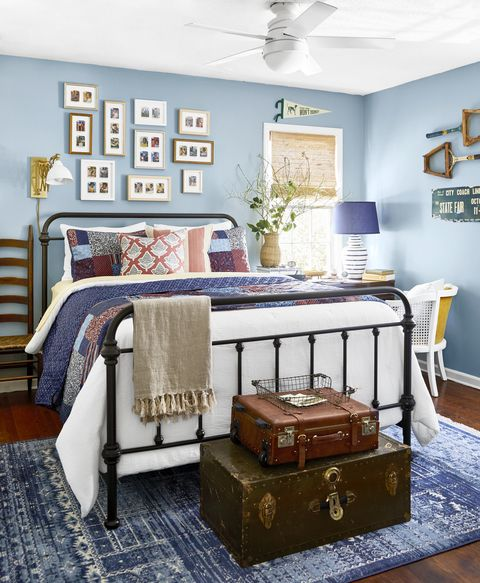 colonial comeback, renovation by victoria ford and marcus ford bedroom in 1970s dutch colonial paint color dutch tile blue by sherwin williams